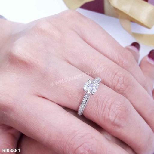 แหวนหมั้นเพชร ใบเซอร์ GIA น้ำ95 RI03881