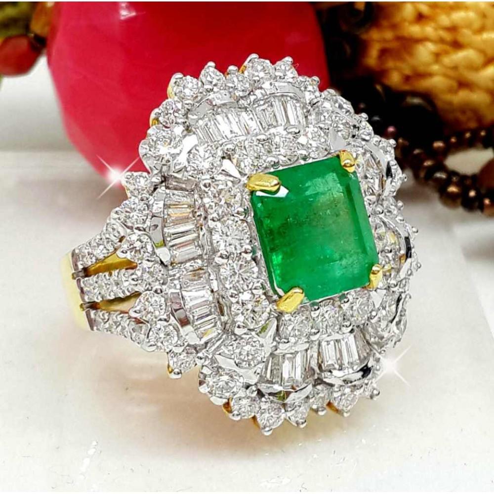 เพชรมรกต: แหวนมรกตโคลัมเบียเนื้อแก้วล้อมเพชร น้ำ98 มรกต 2.79 กะรัต